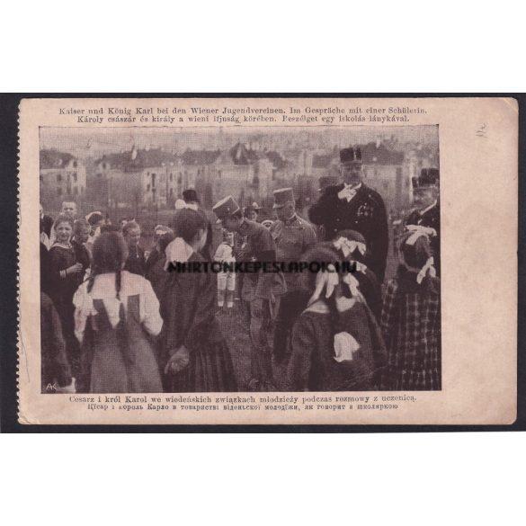 Károly császár és király a bécsi ifjúság körében. Beszélget egy iskolás lánykával.