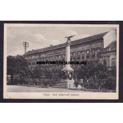 Pápa régi képeslapon. Református nőnevelő intézet.